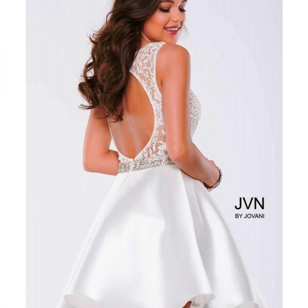 JVN41672-White_back
